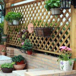 Деревянные решетки садовые