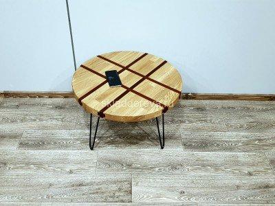 Журнальный столик из дуба