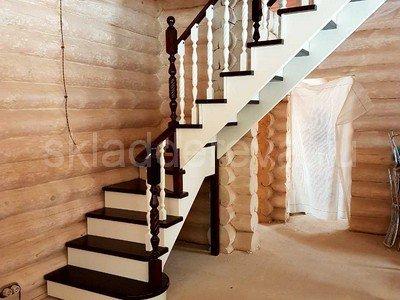 Покрытие лестниц в 2 цвета